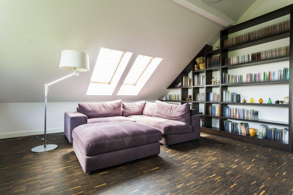 Quiet and comfortable attic room