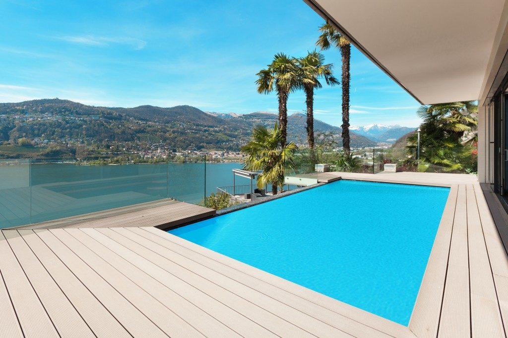 outdoor pool deck